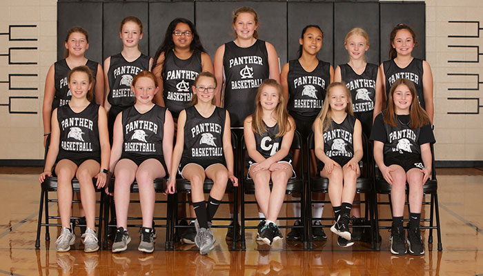 Pee Wee Girls Basketball Team